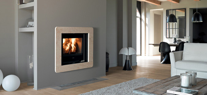 poele a granule dans une cheminee energies naturels. Black Bedroom Furniture Sets. Home Design Ideas