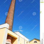 Cheminée industrielle en brique