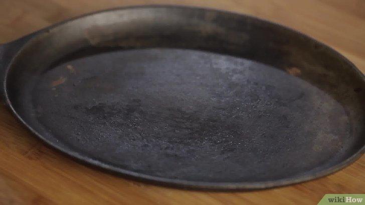 Comment nettoyer 1 poele en fonte energies naturels for Nettoyer poele en fonte