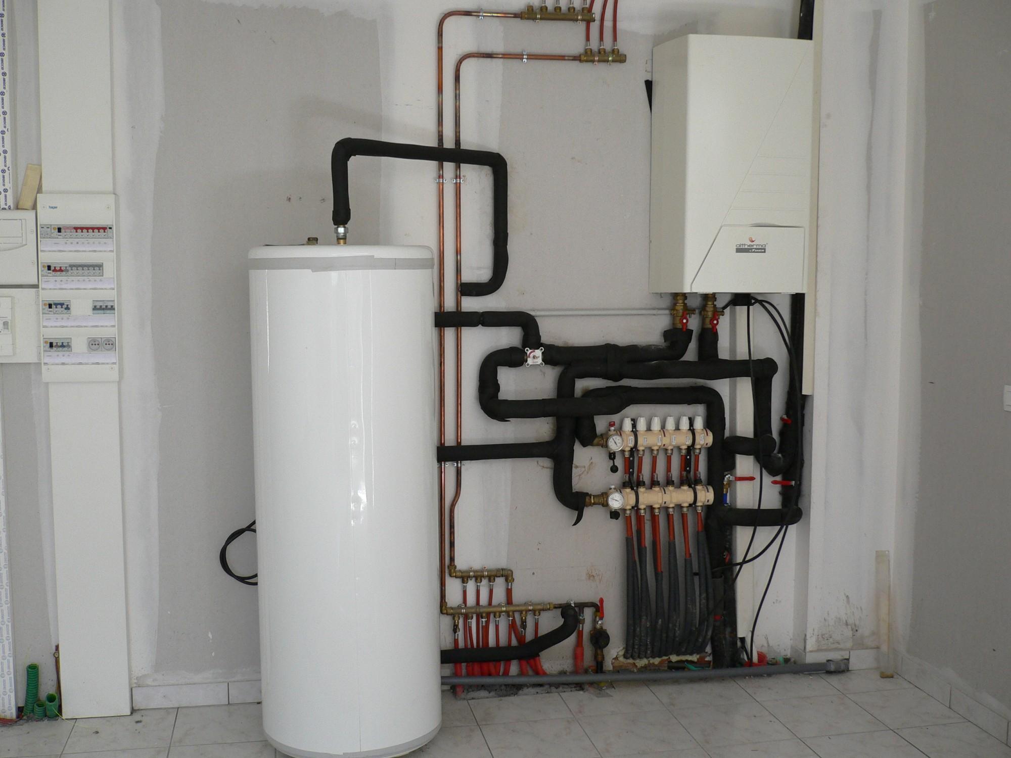 pompe a chaleur pour chauffage et production eau chaude. Black Bedroom Furniture Sets. Home Design Ideas