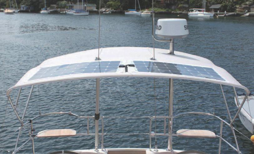 panneau solaire bateau energies naturels. Black Bedroom Furniture Sets. Home Design Ideas